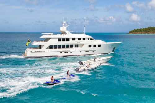 Mim Motor Yacht for Hire