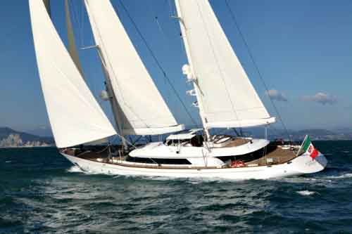 Rosehearty Super Sailing Yacht for Private Charter